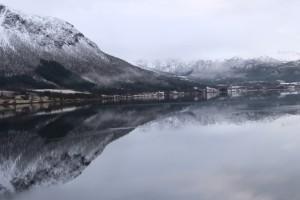Náš útočiskový fjord zrána
